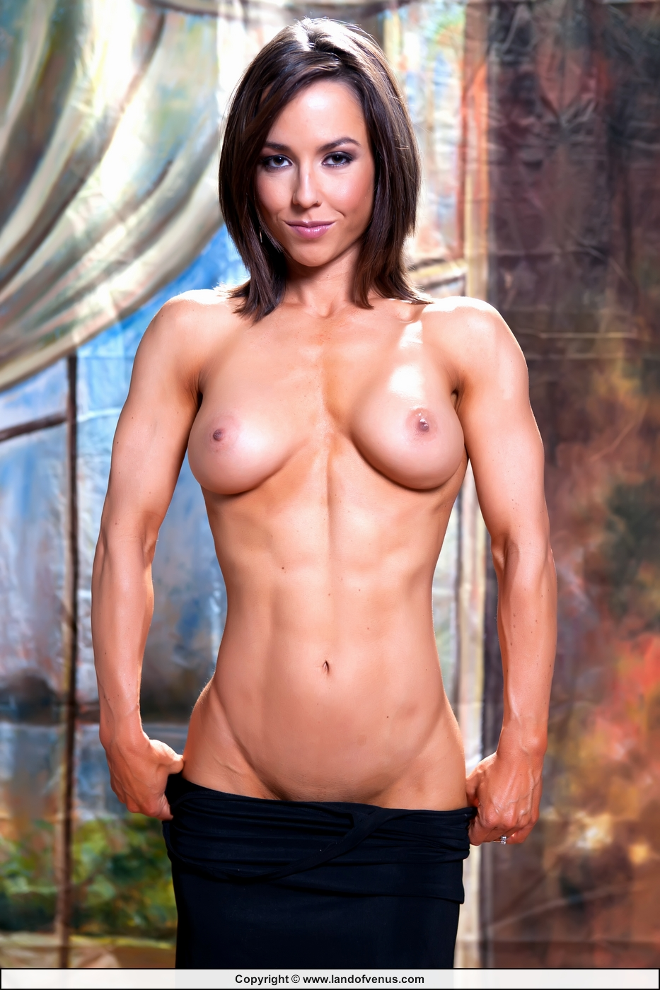 nude female fitness competition