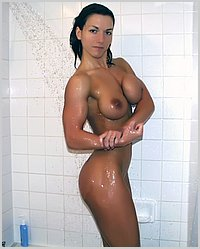 naked female muscle