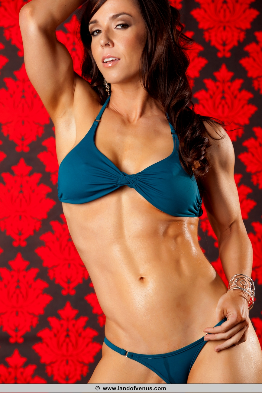 the place for your favorite muscle girls   nude