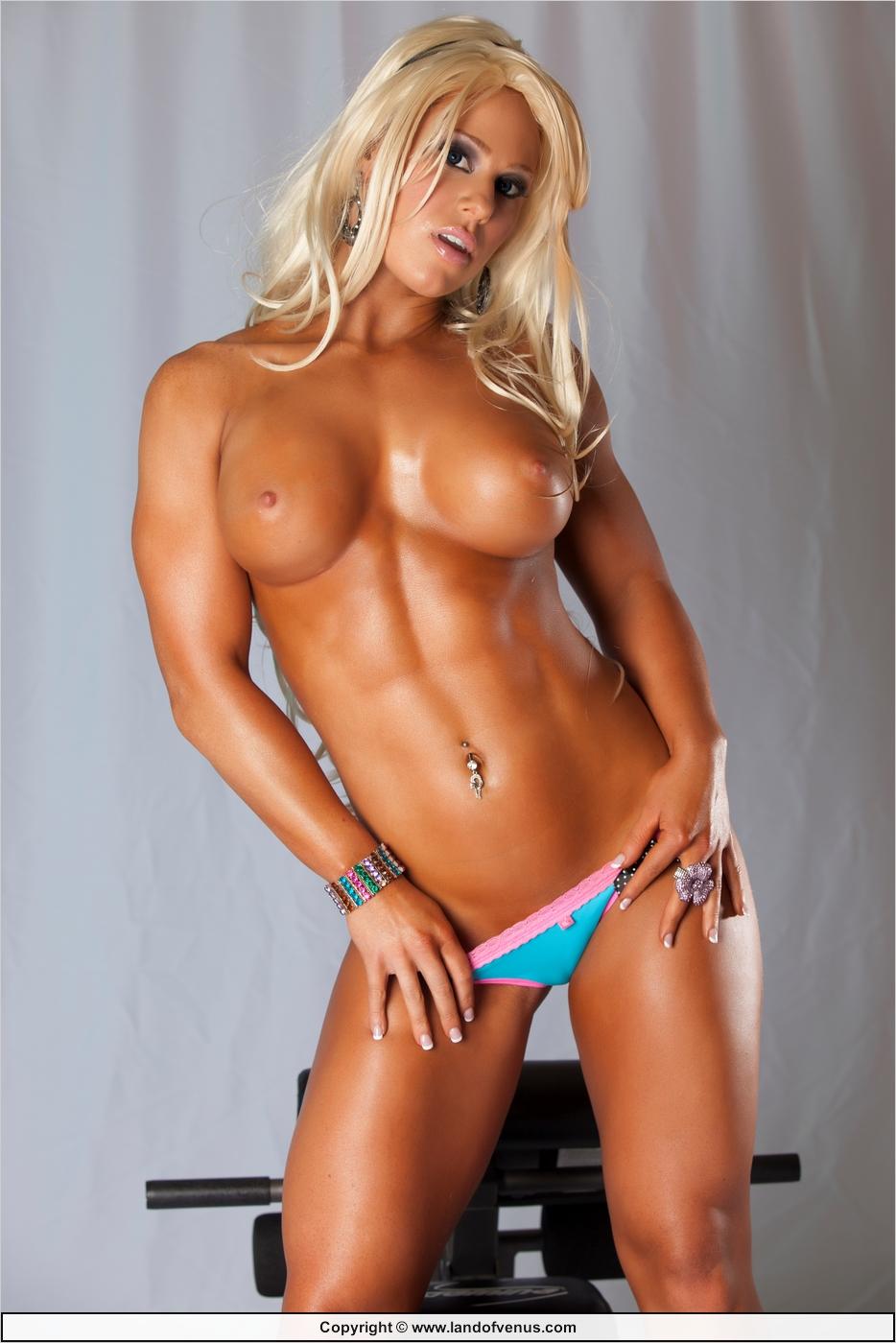 nude-female-personaltrainer