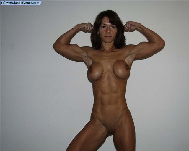 голая накаченная девушка фото