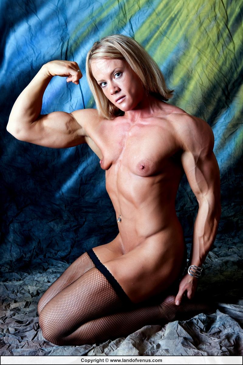 michelle-body-builder-nude