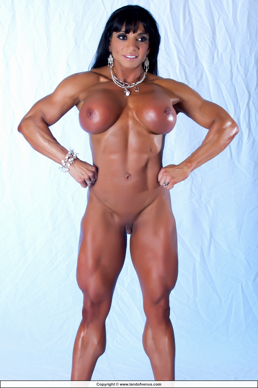 Body builder female free naked