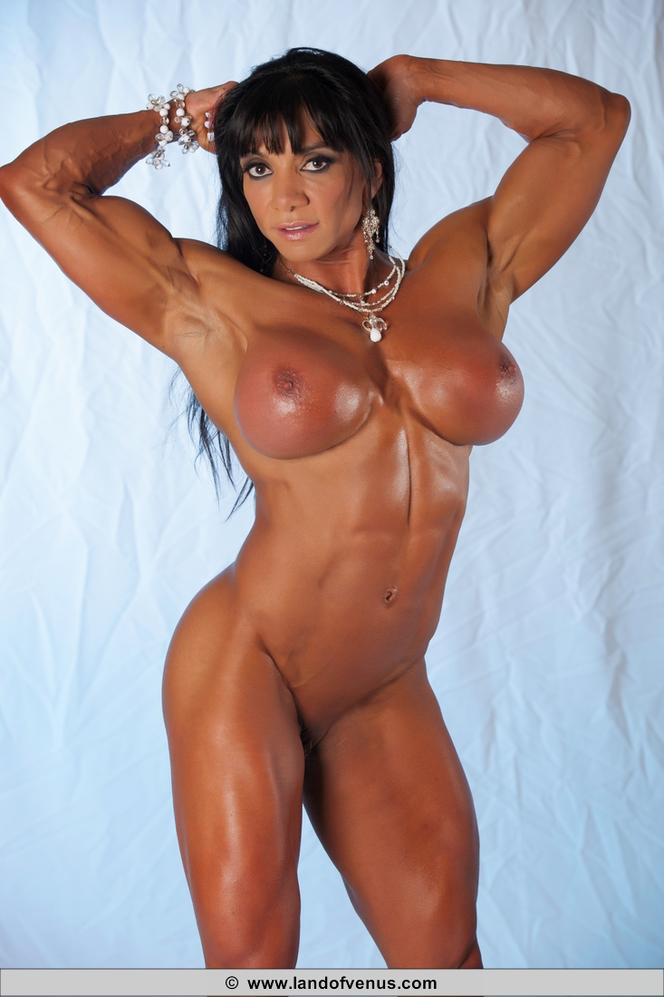 Muscled women nude