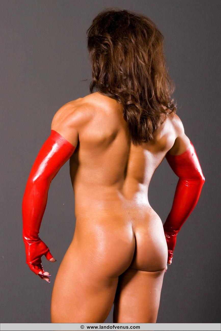 Michelle body builder nude — photo 15