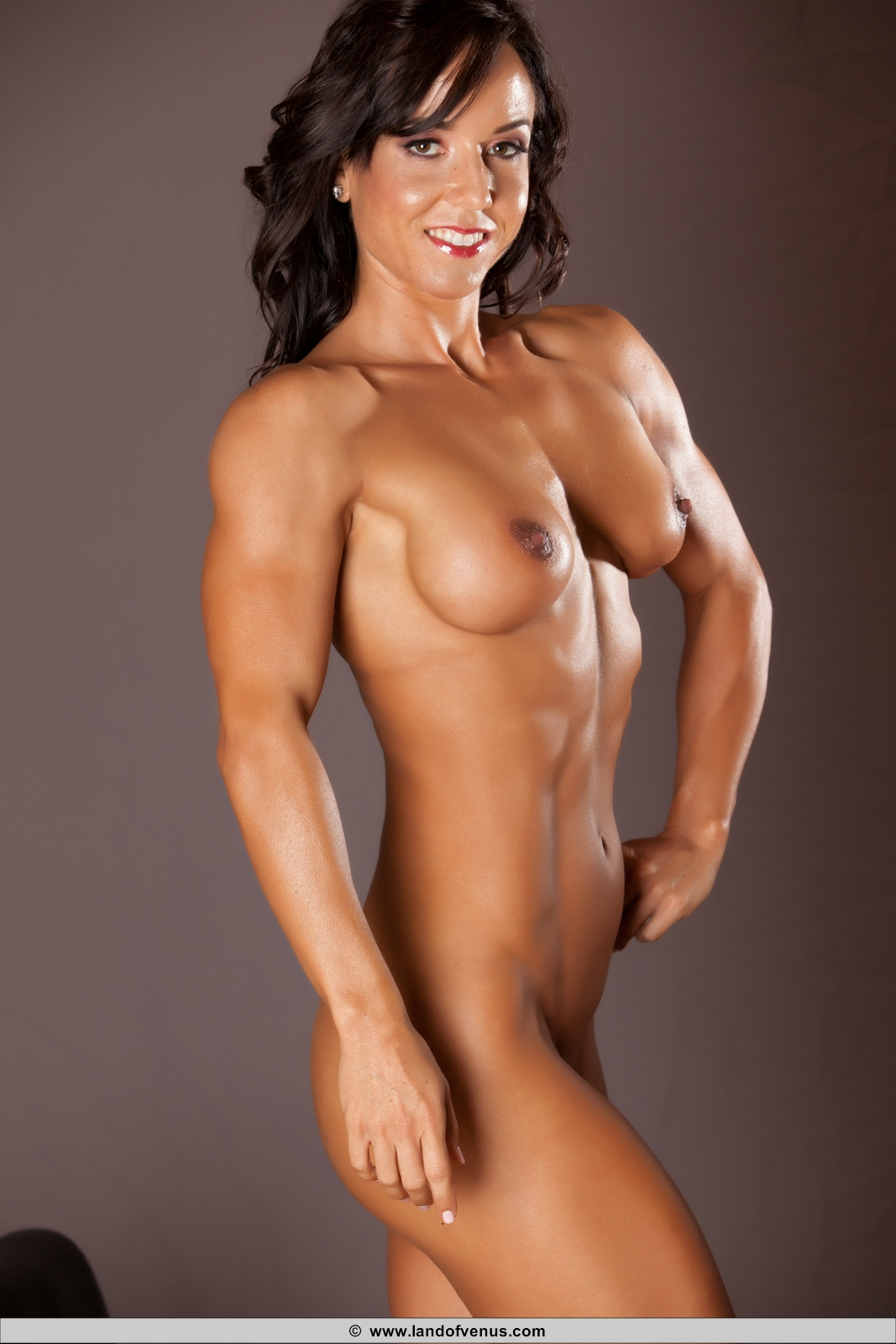 Naked muscle eropa women seems