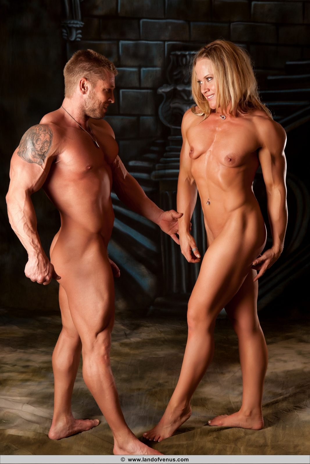 Muscle Girls Nude-8249