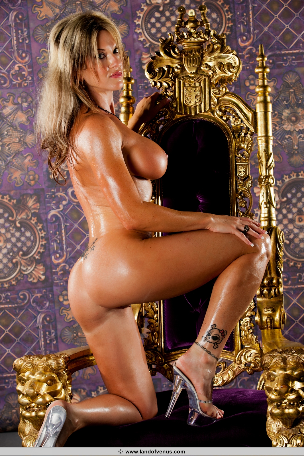 Share your asian female bodybuilder venus nude join