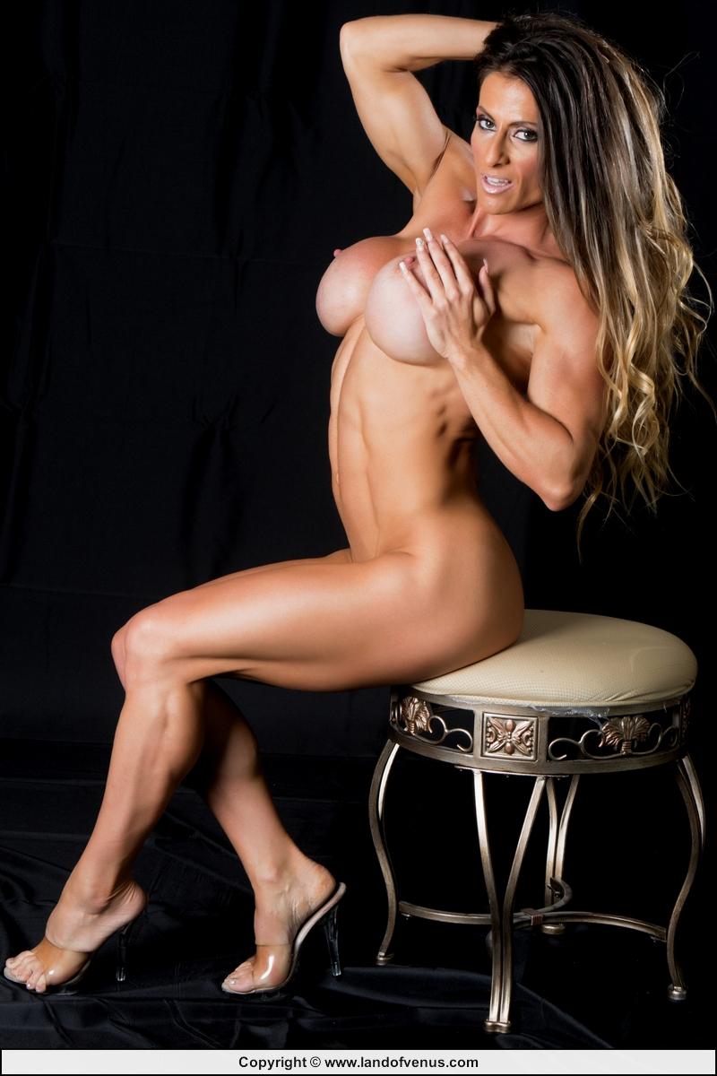 nude female rockers