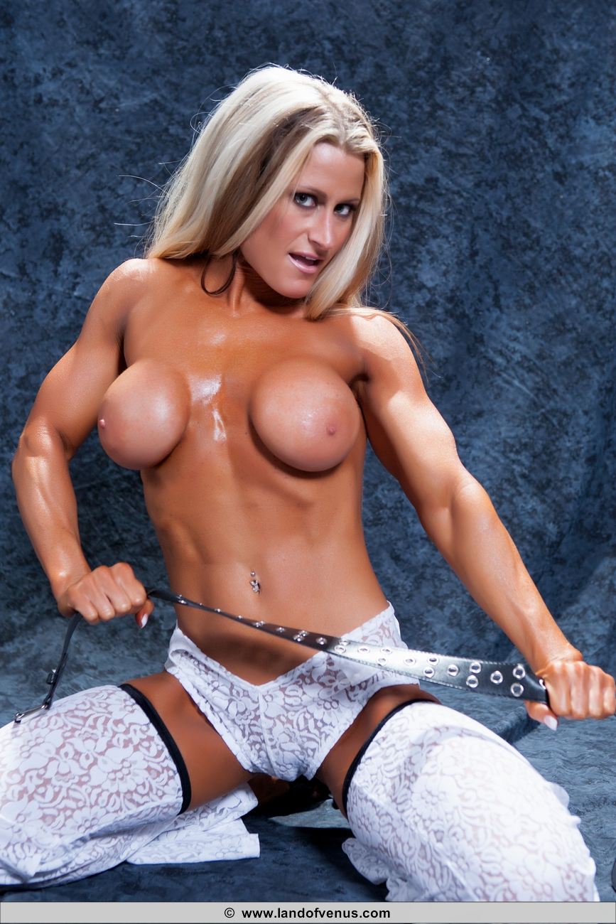 Female Bodybuilder Nikki Warner Nude