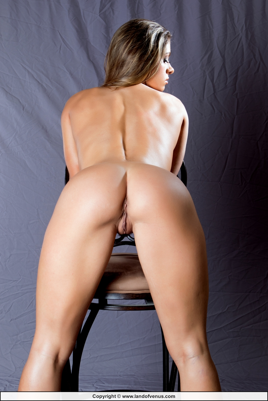 Wrestler and Fitness Model Skylar Rene Nude